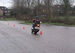 Motorrijles - Verkeersschool Frank Schuurman Apeldoorn
